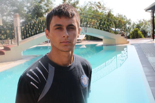 Εκεί ο νεαρός ποδοσφαιριστής θα συναντήσει και τον Κοσμά Τσιλιανίδη ο οποίος ήδη αγωνίζεται ώς δανεικός απο τον Ηρακλή.kimbrakidis