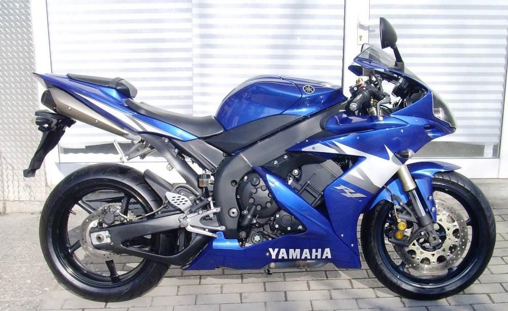 yamahaR1